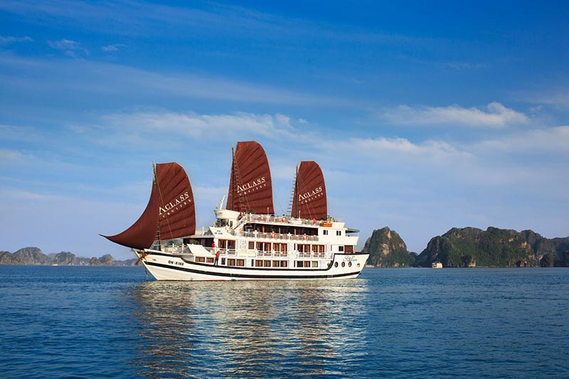 PACKAGE 4 DAYS - 3 NIGHTS WITH STELLAR CRUISE